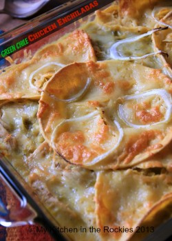 Stacked Green Chile Chicken Enchiladas by My Kitchen in the Rockies Colorado Denver Foodblog Ger ...